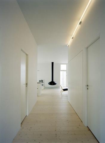 no-5-house-corridor