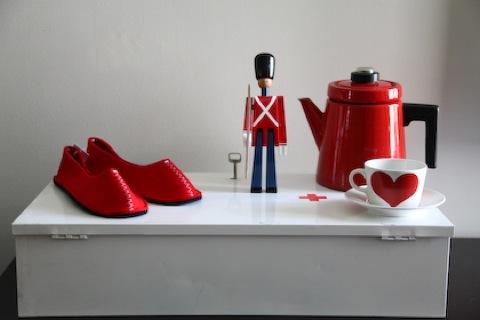 redwhite-thrifts-1
