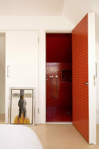red wet room