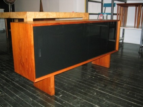 tv console side