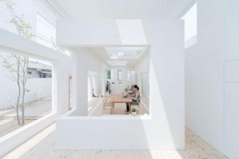 1495682134_house-n-fujimoto-4572-528x352