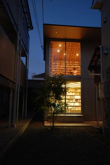IkushimaLibrary01